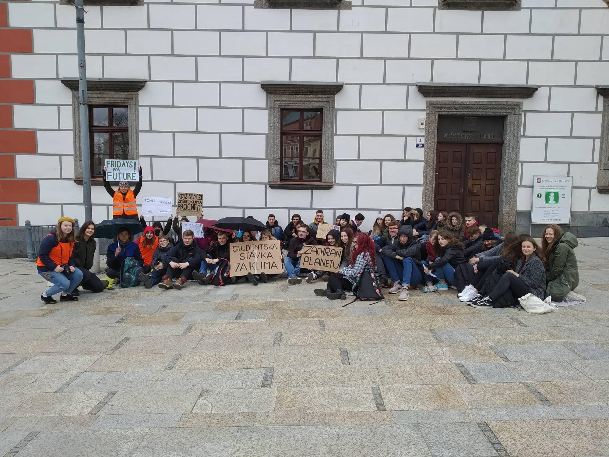 Stávka Za Klima Twitter: Studenti Demonstrovali Za Lepší Klima